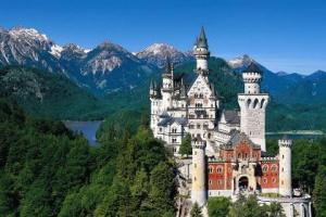 a-neuschwanstein_castle_bavaria_germany-1537086