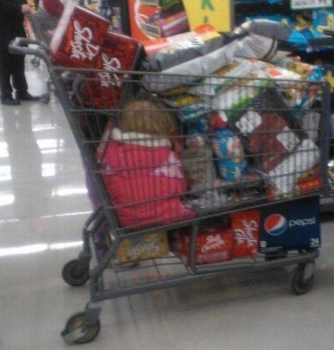 juQxUPKRoSElOyT8A0nL_Kid Shopping